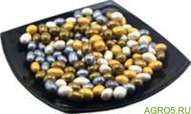 Арахис в цветном шоколаде